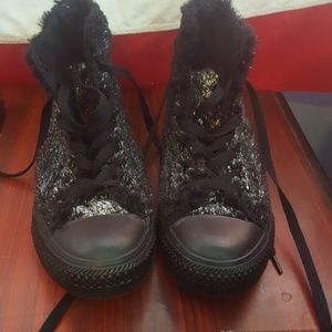 Converse Shoes - Converse high tops NWOT
